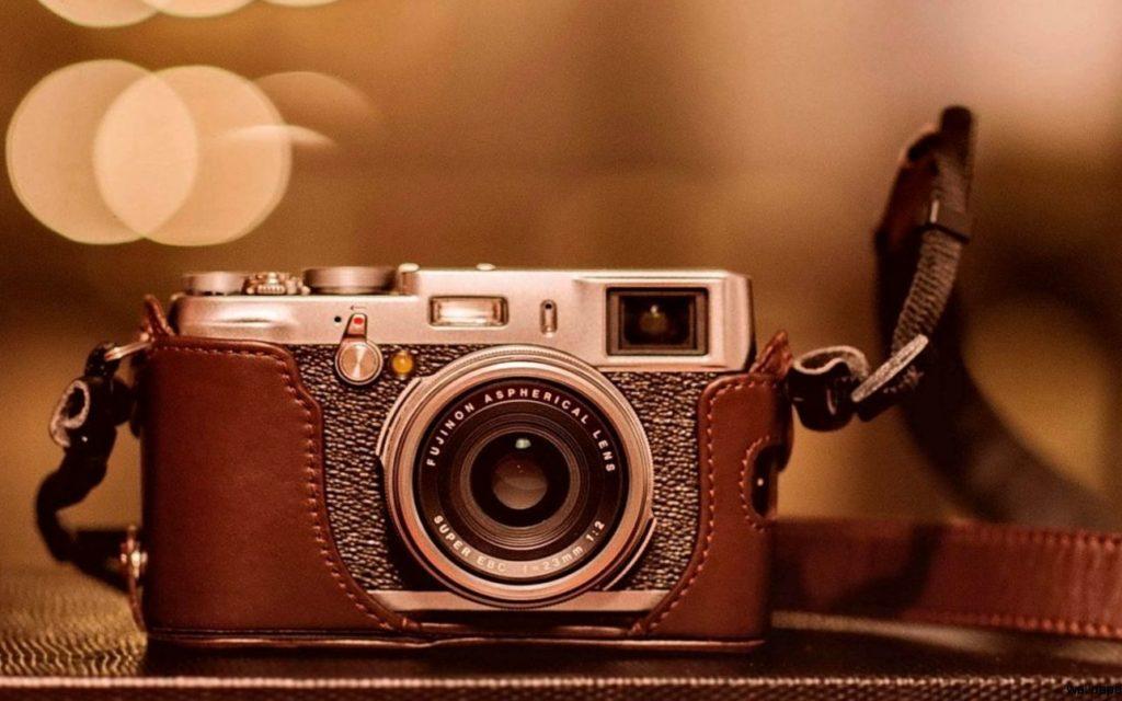 La metamorfosi della fotografia, di pari passo col processo tecnologico e svolta nella storia dell'uomo.