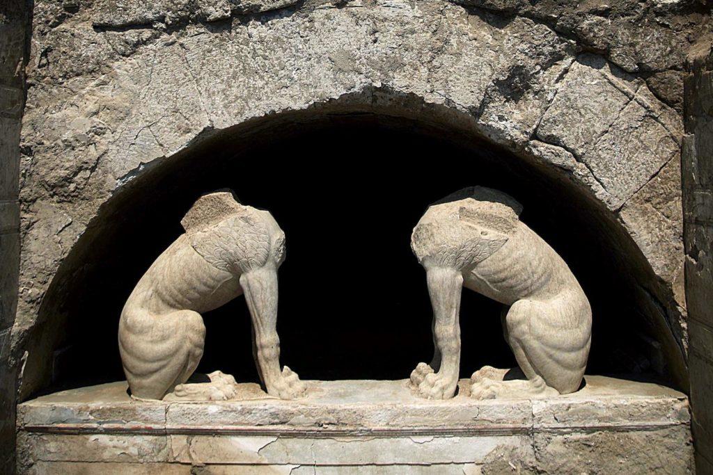 Tomba di Alessandro Magno