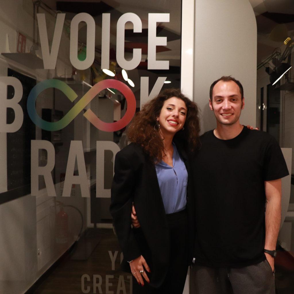Carlotta ed Emanuel nelo studio di voicebookradio.com